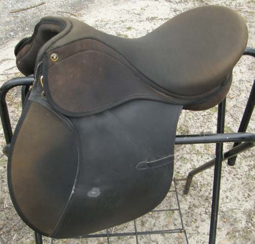 "16 1/2"" Riviera Pro Am Synthetic All Purpose English Saddle"
